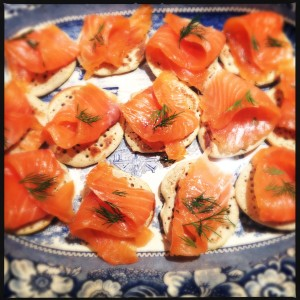 Citrus-cured gravlax with cacik on blini